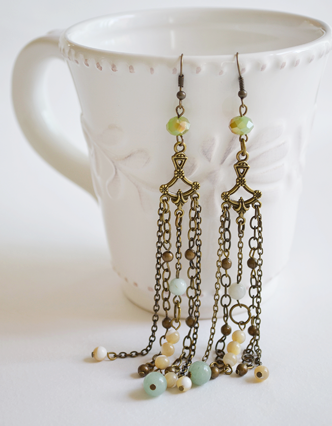 Antique style dangling earrings